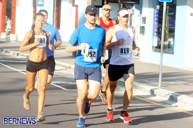 Running-of-the-Bulls-Bermuda-September-2015-2