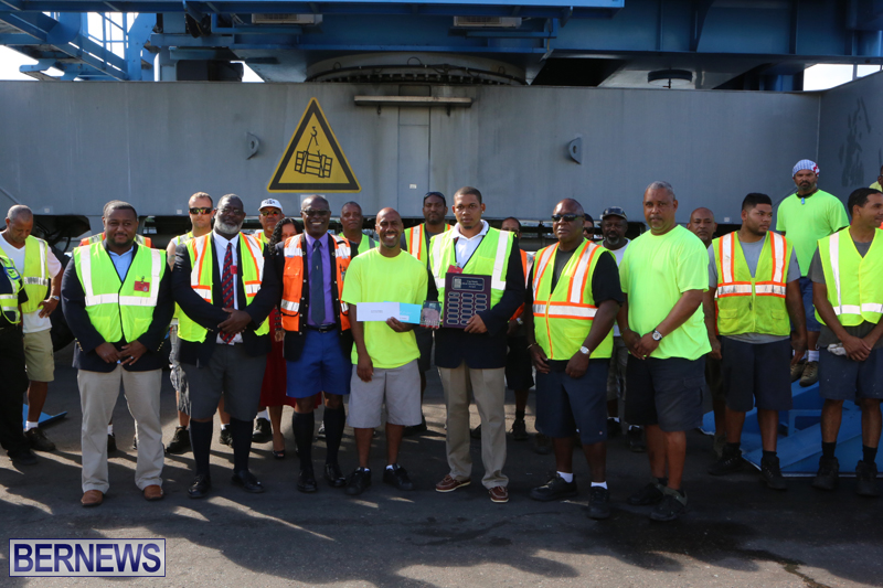Stevedoring Services recognized cup match mvp Bermuda September 25 2015 (1)
