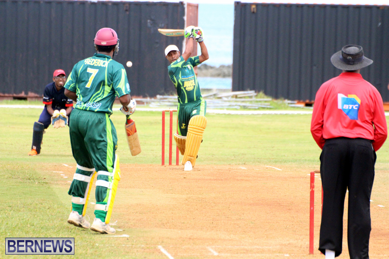 Weekend-Cricket-Bermuda-September-20-2015-1