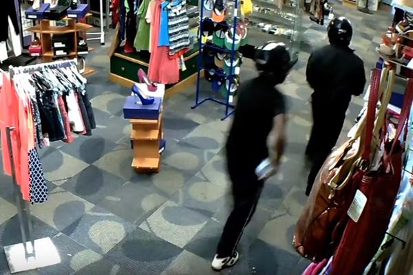 armed robbery cctv september 2015 2 11