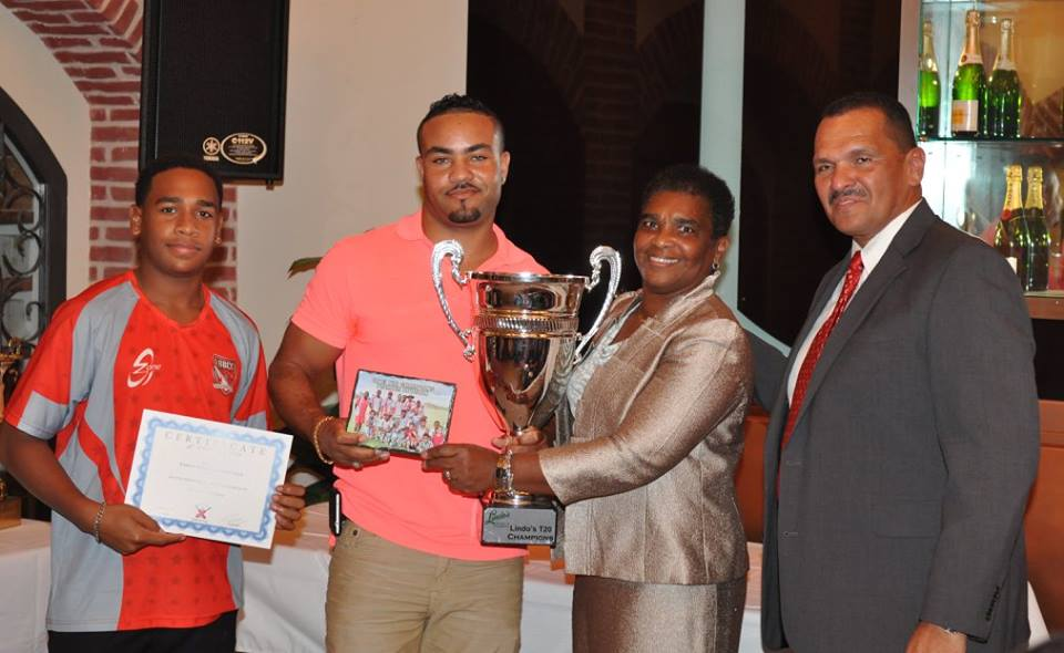 2015-BCB-Annual-Award-Ceremony-Bermuda-October-57