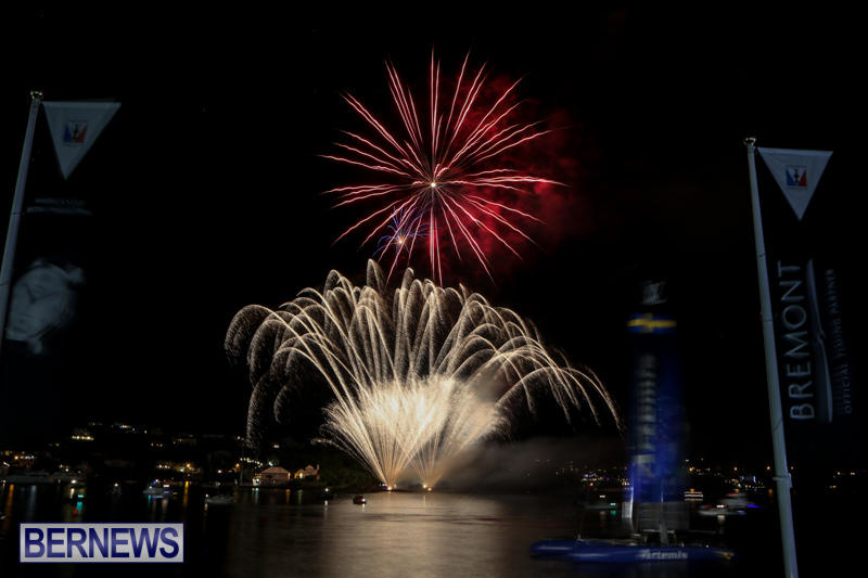 AC-World-Series-Opening-Fireworks-Bermuda-October-16-2015-12
