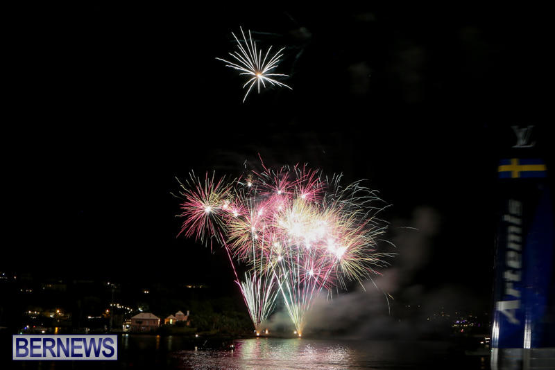 AC-World-Series-Opening-Fireworks-Bermuda-October-16-2015-14