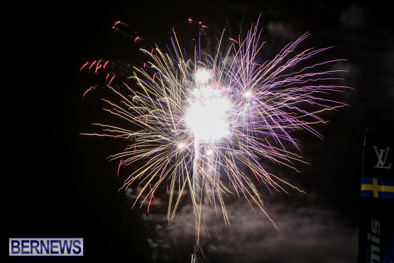 AC-World-Series-Opening-Fireworks-Bermuda-October-16-2015-15