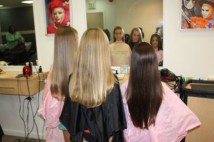 Ava Gabai-Maiato, Zoe Hasselkuss and Jasmin Hasselkuss at Liv hair salon (1)