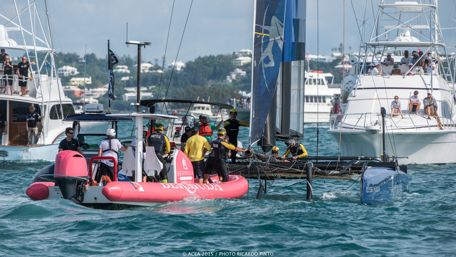 Bermuda-Americas-Cup-World-Series-racing-day-2-2015-10-001
