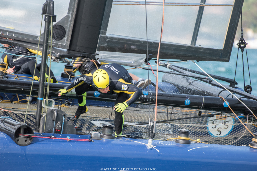 Bermuda-Americas-Cup-World-Series-racing-day-2-2015-11-001