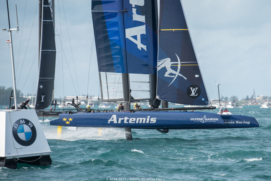 Bermuda-Americas-Cup-World-Series-racing-day-2-2015-19-001