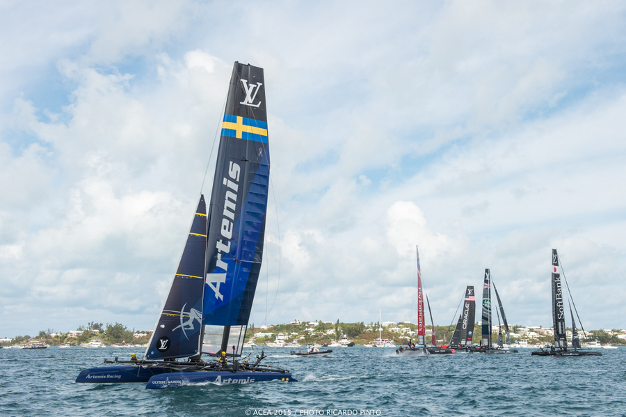 Bermuda-Americas-Cup-World-Series-racing-day-2-2015-2-001