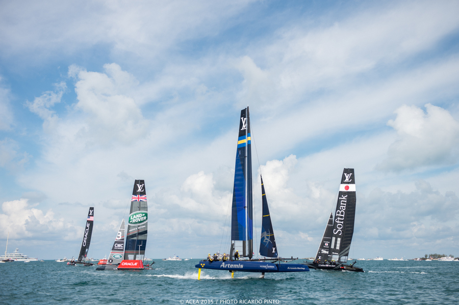 Bermuda-Americas-Cup-World-Series-racing-day-2-2015-3-001