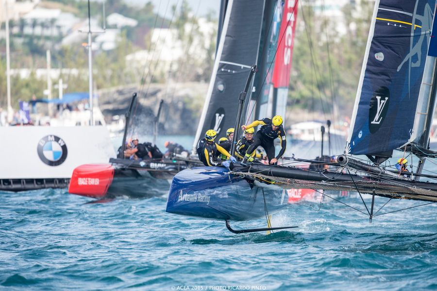 Bermuda-Americas-Cup-World-Series-racing-day-2-2015-6-001