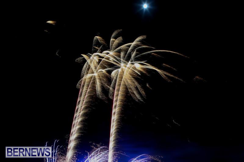 Bermuda-Tattoo-Fireworks-October-24-2015-10