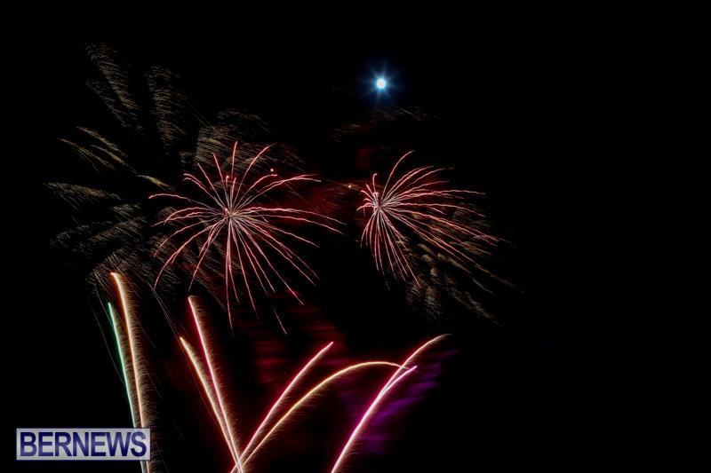 Bermuda-Tattoo-Fireworks-October-24-2015-11