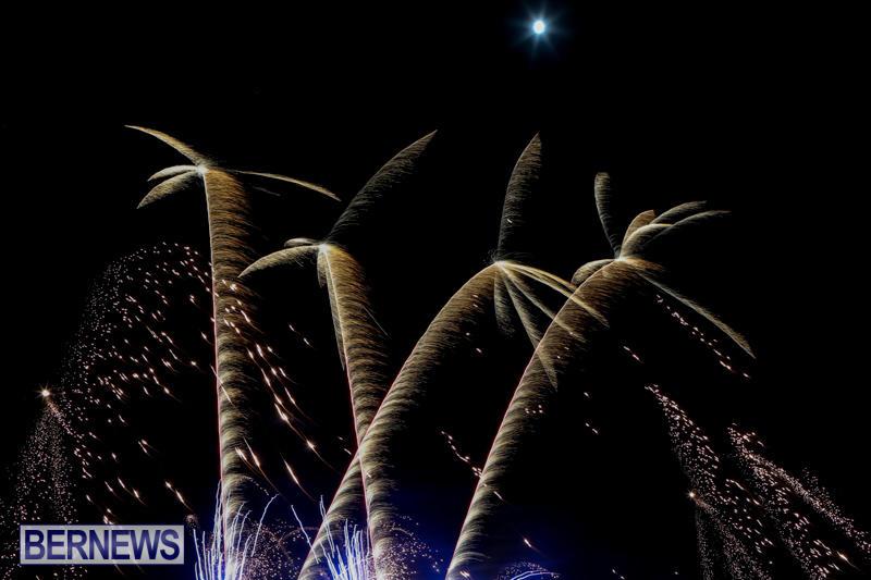 Bermuda-Tattoo-Fireworks-October-24-2015-7