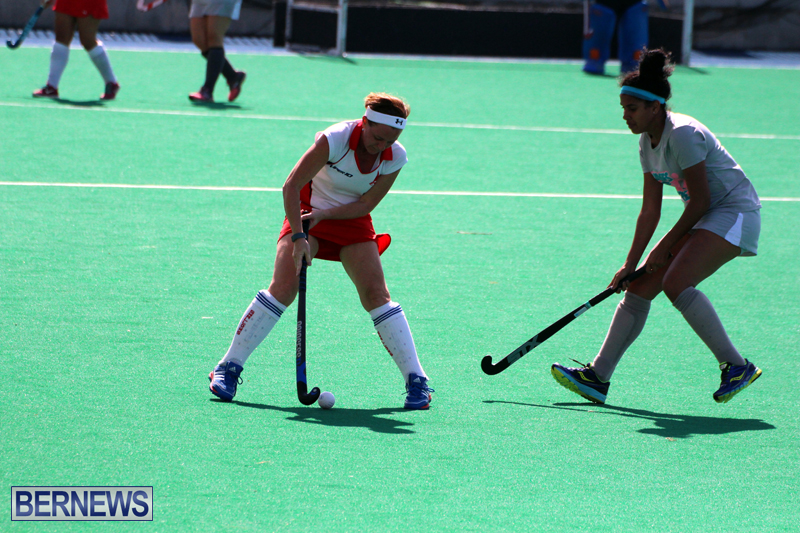Budgies-and-Swallows-Field-Hockey-Bermuda-October-2015-12