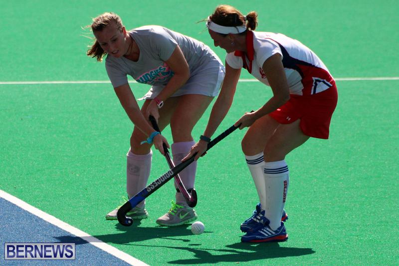 Budgies-and-Swallows-Field-Hockey-Bermuda-October-2015-16