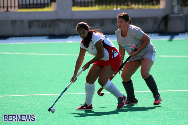 Budgies-and-Swallows-Field-Hockey-Bermuda-October-2015-3