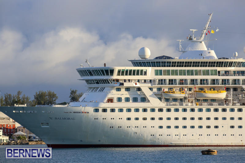 Cruise-Ship-Balmoral-In-St-Georges-Bermuda-October-9-2015-12