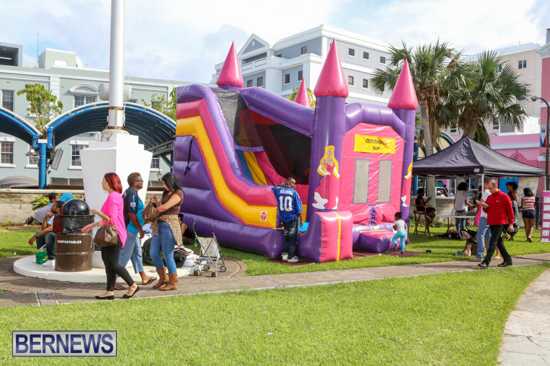 Hamilton-Art-Walk-Bermuda-October-24-2015-16