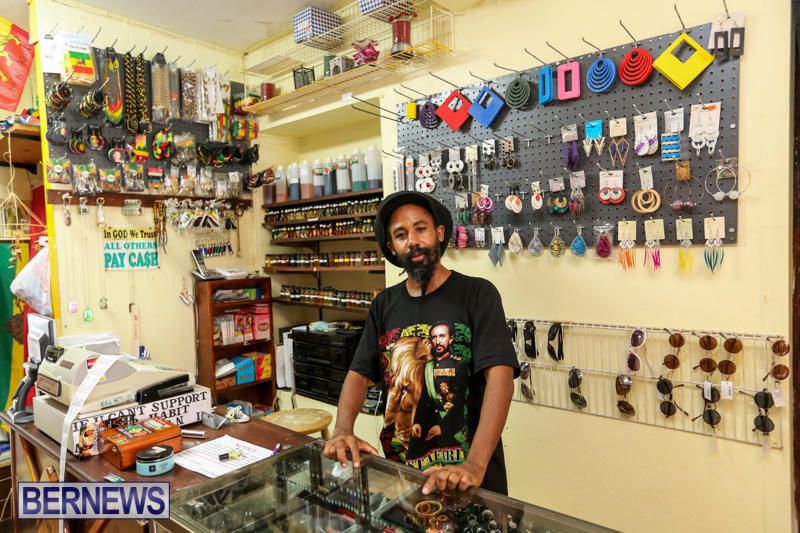 Nesbitt-Family-Stores-Bermuda-October-29-2015-19