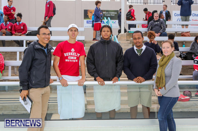 Cardboard-Boat-Challenge-Bermuda-November-19-2015-104
