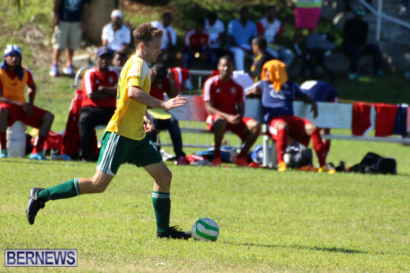 Football-FirstPremier-Division-Bermuda-November-2015-15