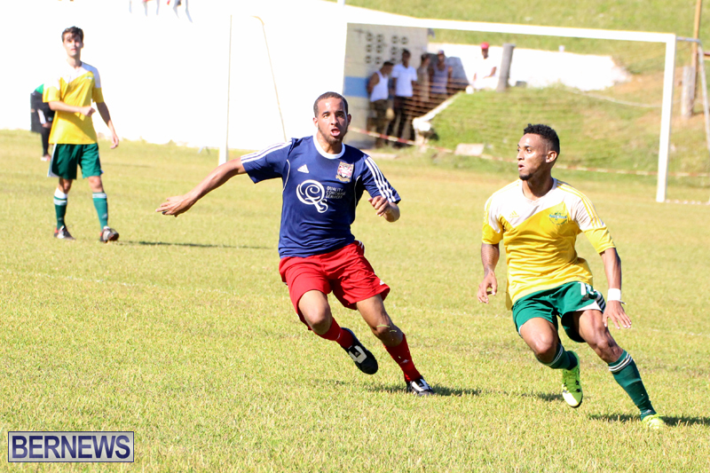 Football-FirstPremier-Division-Bermuda-November-2015-7