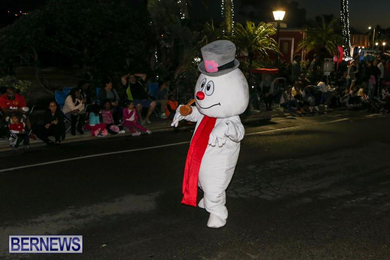 MarketPlace-Santa-Parade-Bermuda-November-29-2015-110