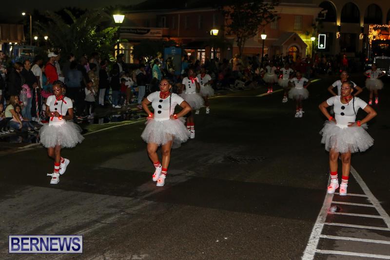 MarketPlace-Santa-Parade-Bermuda-November-29-2015-114