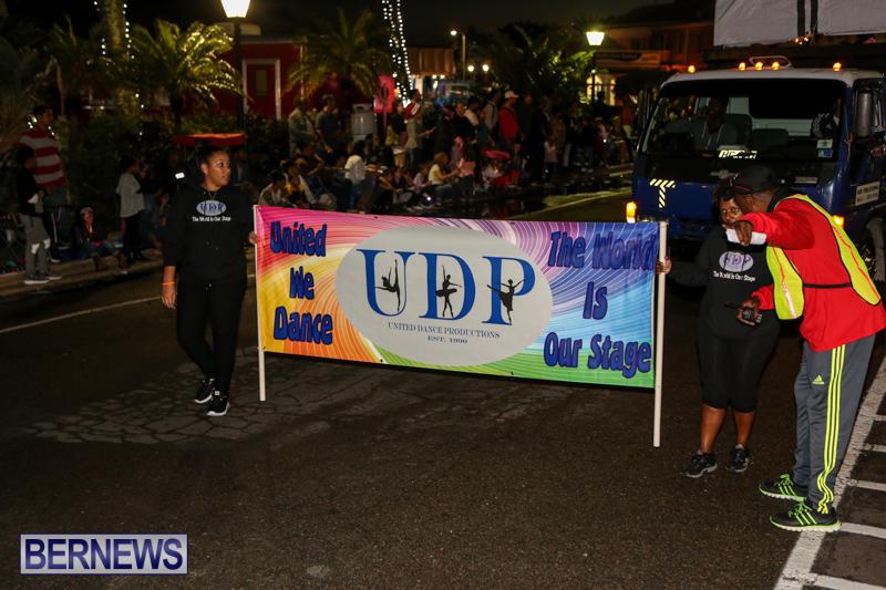 MarketPlace-Santa-Parade-Bermuda-November-29-2015-123