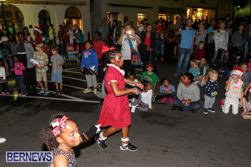 MarketPlace-Santa-Parade-Bermuda-November-29-2015-129