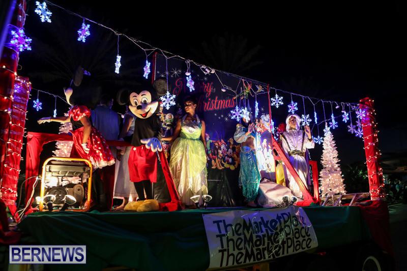 MarketPlace-Santa-Parade-Bermuda-November-29-2015-133
