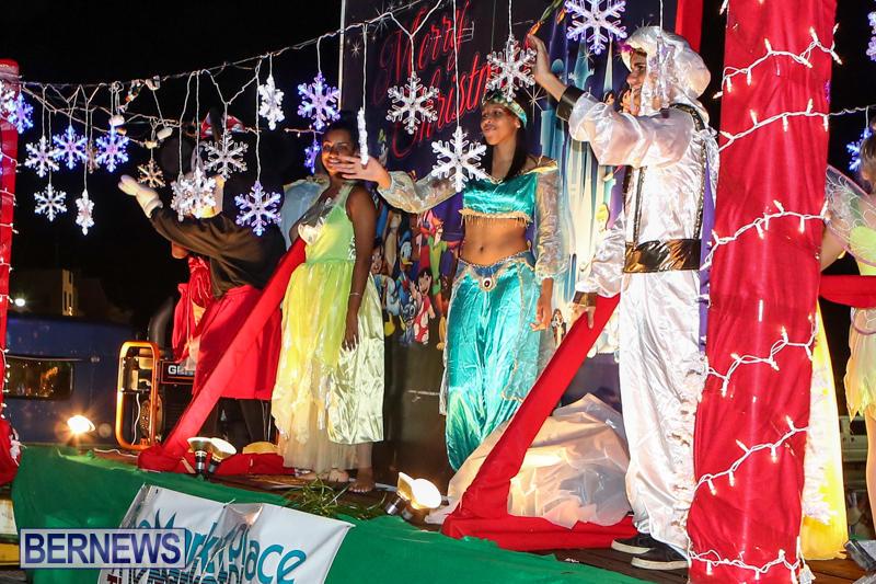 MarketPlace-Santa-Parade-Bermuda-November-29-2015-134