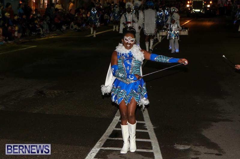 MarketPlace-Santa-Parade-Bermuda-November-29-2015-138