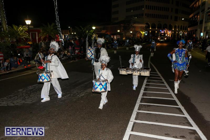 MarketPlace-Santa-Parade-Bermuda-November-29-2015-142