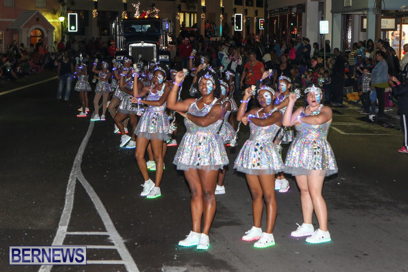 MarketPlace-Santa-Parade-Bermuda-November-29-2015-153