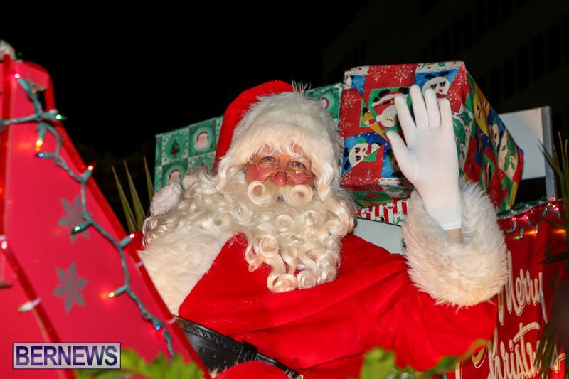 MarketPlace-Santa-Parade-Bermuda-November-29-2015-164