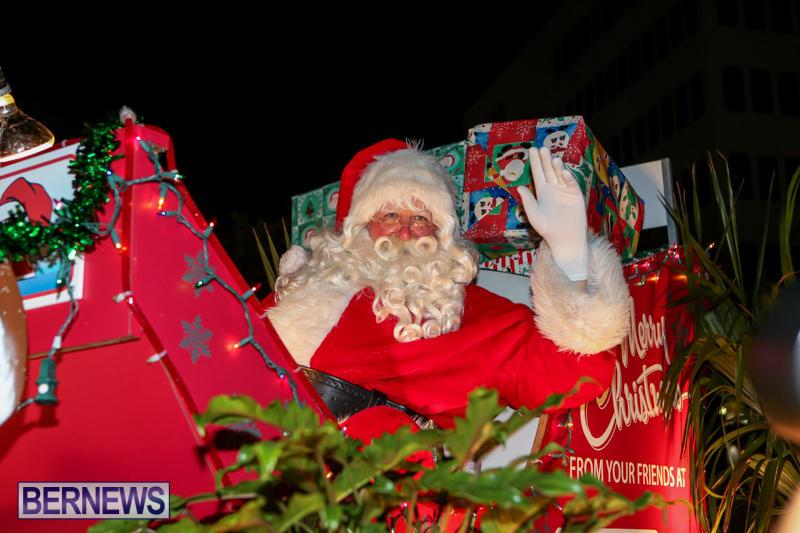 MarketPlace-Santa-Parade-Bermuda-November-29-2015-165
