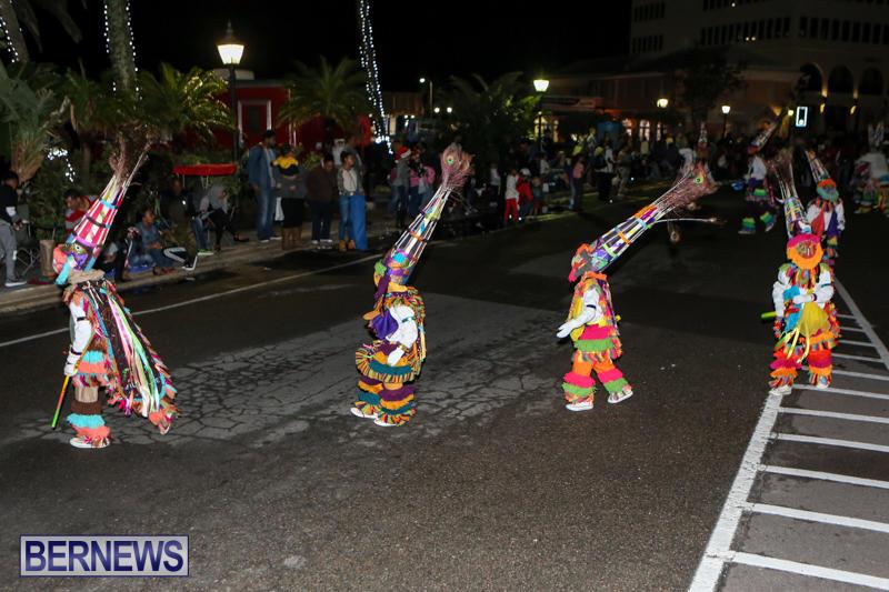 MarketPlace-Santa-Parade-Bermuda-November-29-2015-170