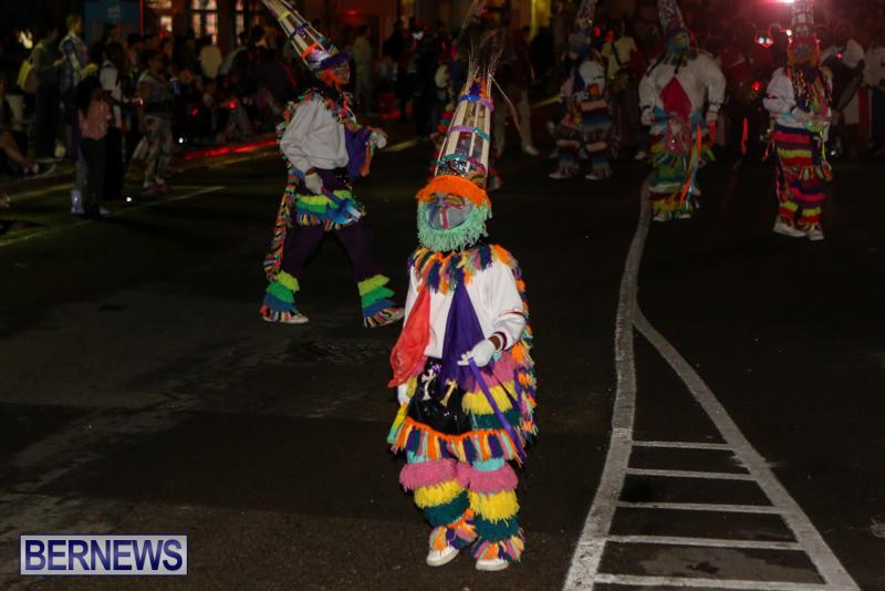 MarketPlace-Santa-Parade-Bermuda-November-29-2015-171