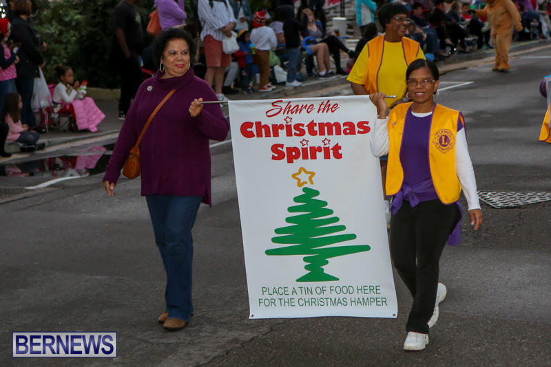 MarketPlace-Santa-Parade-Bermuda-November-29-2015-19
