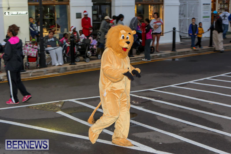 MarketPlace-Santa-Parade-Bermuda-November-29-2015-21