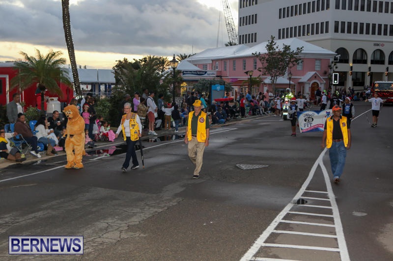 MarketPlace-Santa-Parade-Bermuda-November-29-2015-22