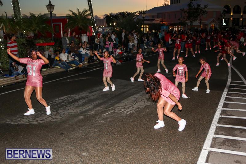 MarketPlace-Santa-Parade-Bermuda-November-29-2015-63