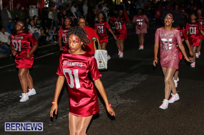 MarketPlace-Santa-Parade-Bermuda-November-29-2015-66