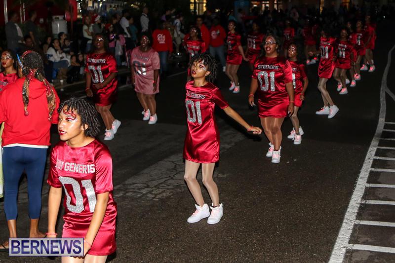 MarketPlace-Santa-Parade-Bermuda-November-29-2015-68