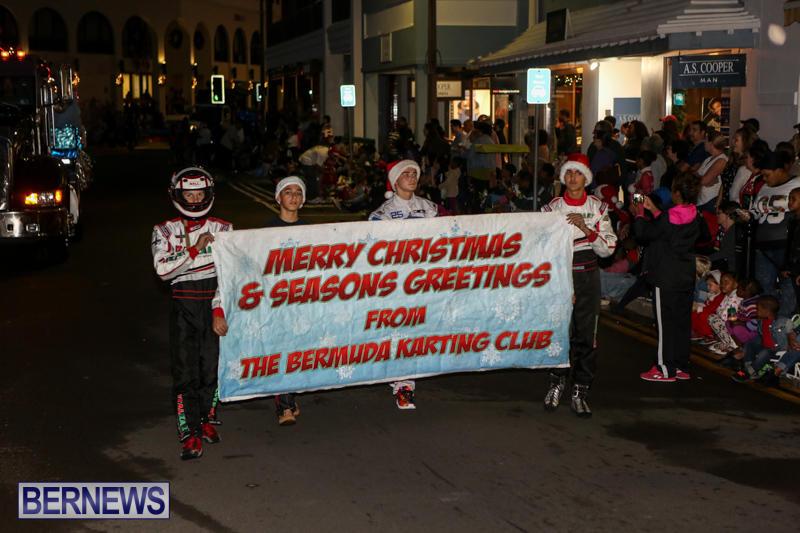 MarketPlace-Santa-Parade-Bermuda-November-29-2015-71