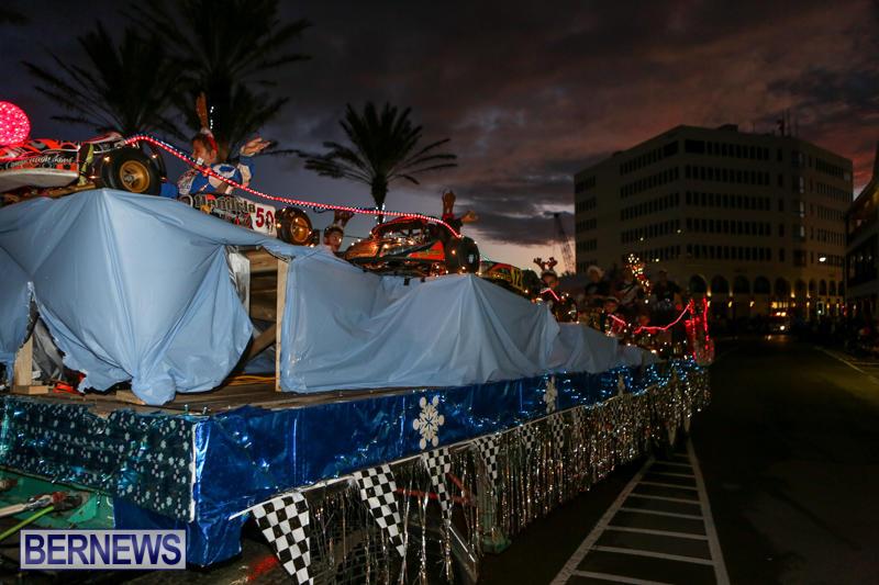 MarketPlace-Santa-Parade-Bermuda-November-29-2015-74
