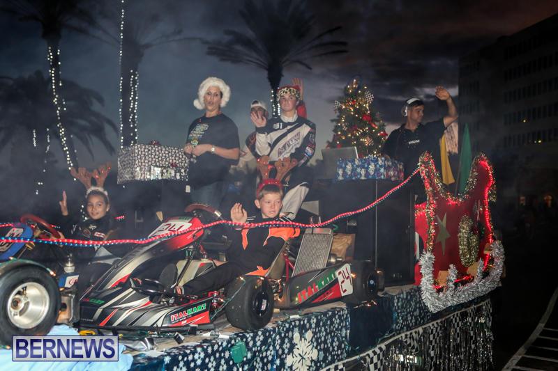 MarketPlace-Santa-Parade-Bermuda-November-29-2015-78