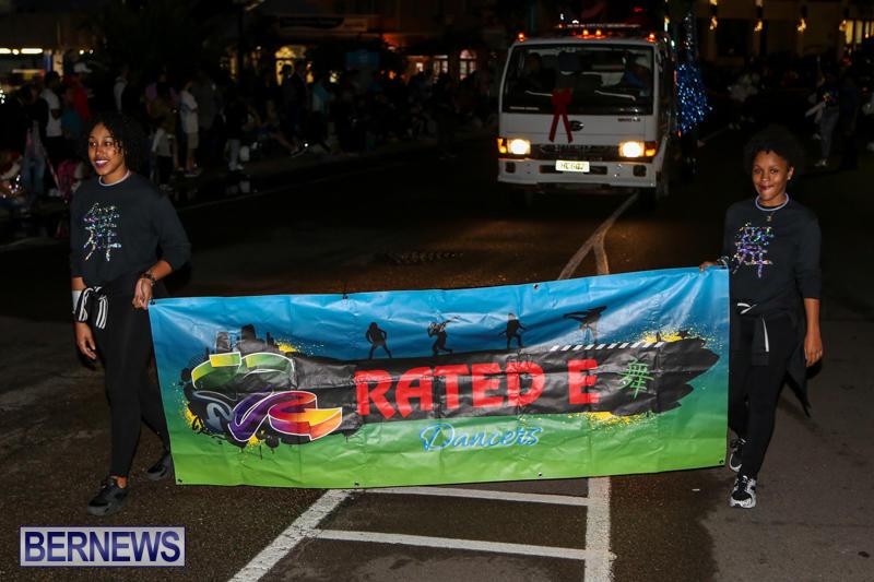 MarketPlace-Santa-Parade-Bermuda-November-29-2015-80